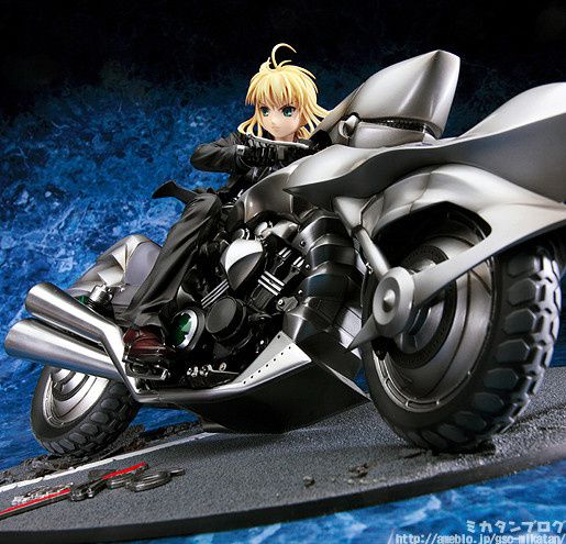 Saber-And-Saber-Motored-Cuirassier-Good-Smile-Company-04