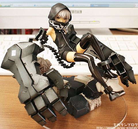 strenght-animation-version-black-rock-shooter-1