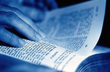 leyendo-la-biblia.jpg
