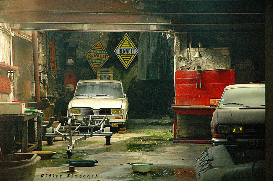 Le garage abandonn didier carnet de route et automobile for Garage renault evrecy 14