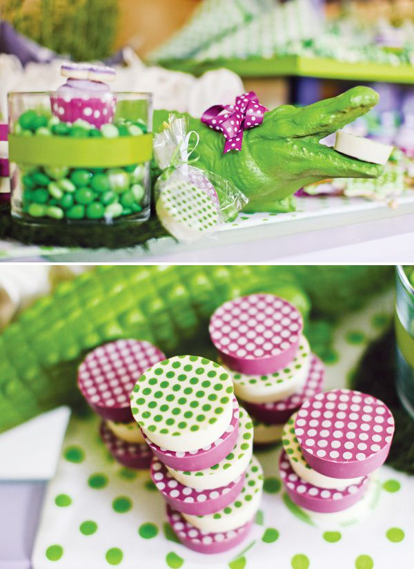 Decoration De Bapt Me Violette Et Vert Th Me Crocodile