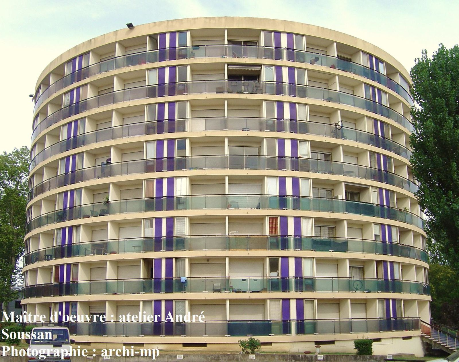 Immeuble la pleiade boulevard de la marne for Architecture 1970