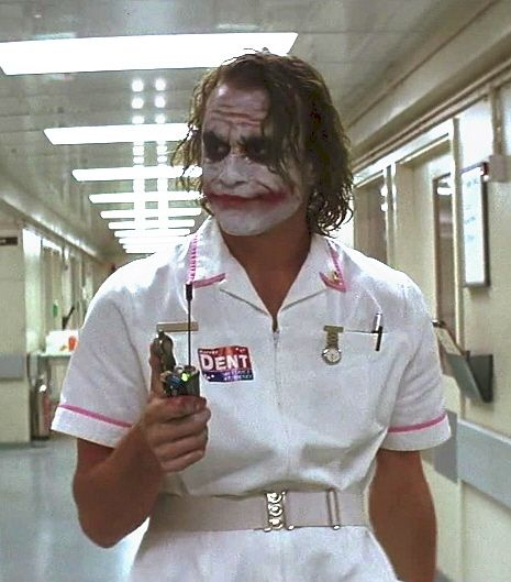Nurse-Joker-the-joker-8887454-465-529.jpg
