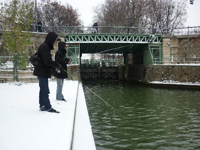 snow-fishing.jpg
