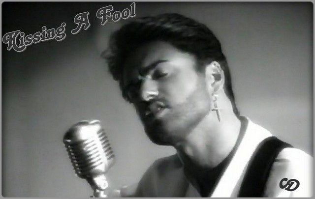 4644854_george-michael--kissing-a-fool.jpg
