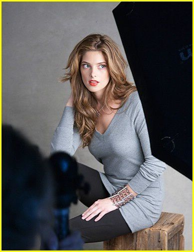 ashley-greene-mark-bts-shots-05.jpg