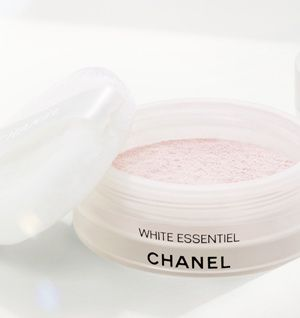 chanel-white-blossom.jpg