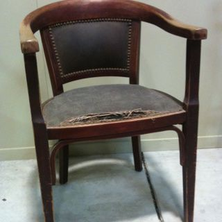 Restauration fauteuil de bureau thonet artisan tapissier - Bureau de placement restauration paris ...