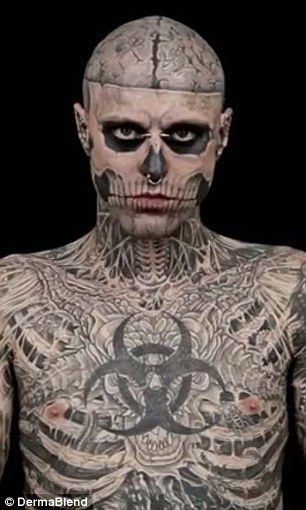 Tattoo ou rien le chouan des villes for Suicide squad face tattoo
