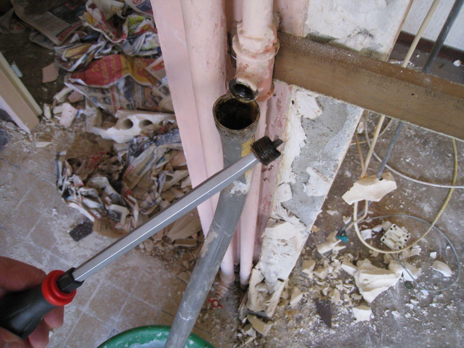 Euh un d tail quand m me le blog de tarabiscot - Demonter radiateur fonte ...