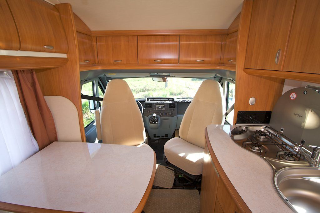 Int rieur d un camping car profil photos le blog de for Store interieur camping car