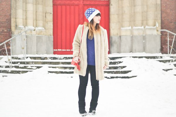 stars-and-stripes-beanie-april-may-paris-snow-PAUL-copie-13.jpg