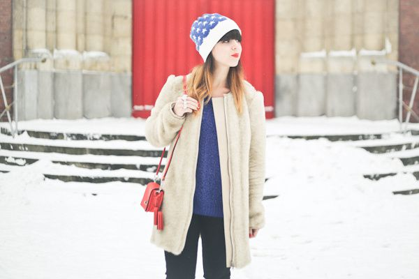 stars-and-stripes-beanie-april-may-paris-snow-PAUL-copie-2.jpg