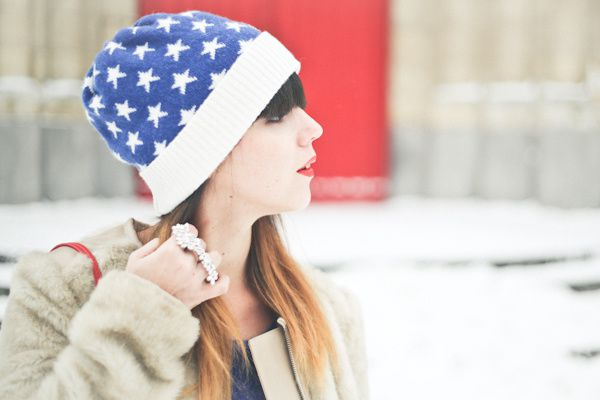 stars-and-stripes-beanie-april-may-paris-snow-PAUL-copie-3.jpg