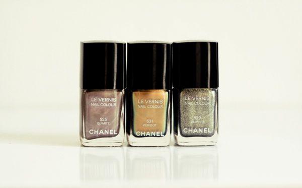 1-vernis-nails-chanel-peridot-quartz-graphite.jpg