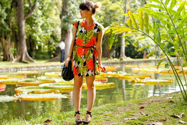 paulinefashionblog.com-look-tropical-jardin-botani-copie-2.jpg