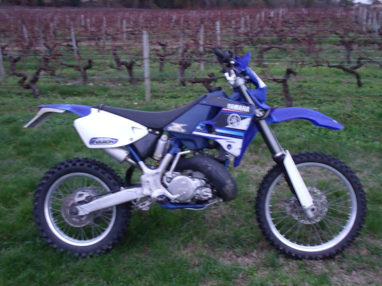 vends 250 wrz 1996 moto enduro homologu e 1800 euros randonnee enduro du sud ouest. Black Bedroom Furniture Sets. Home Design Ideas
