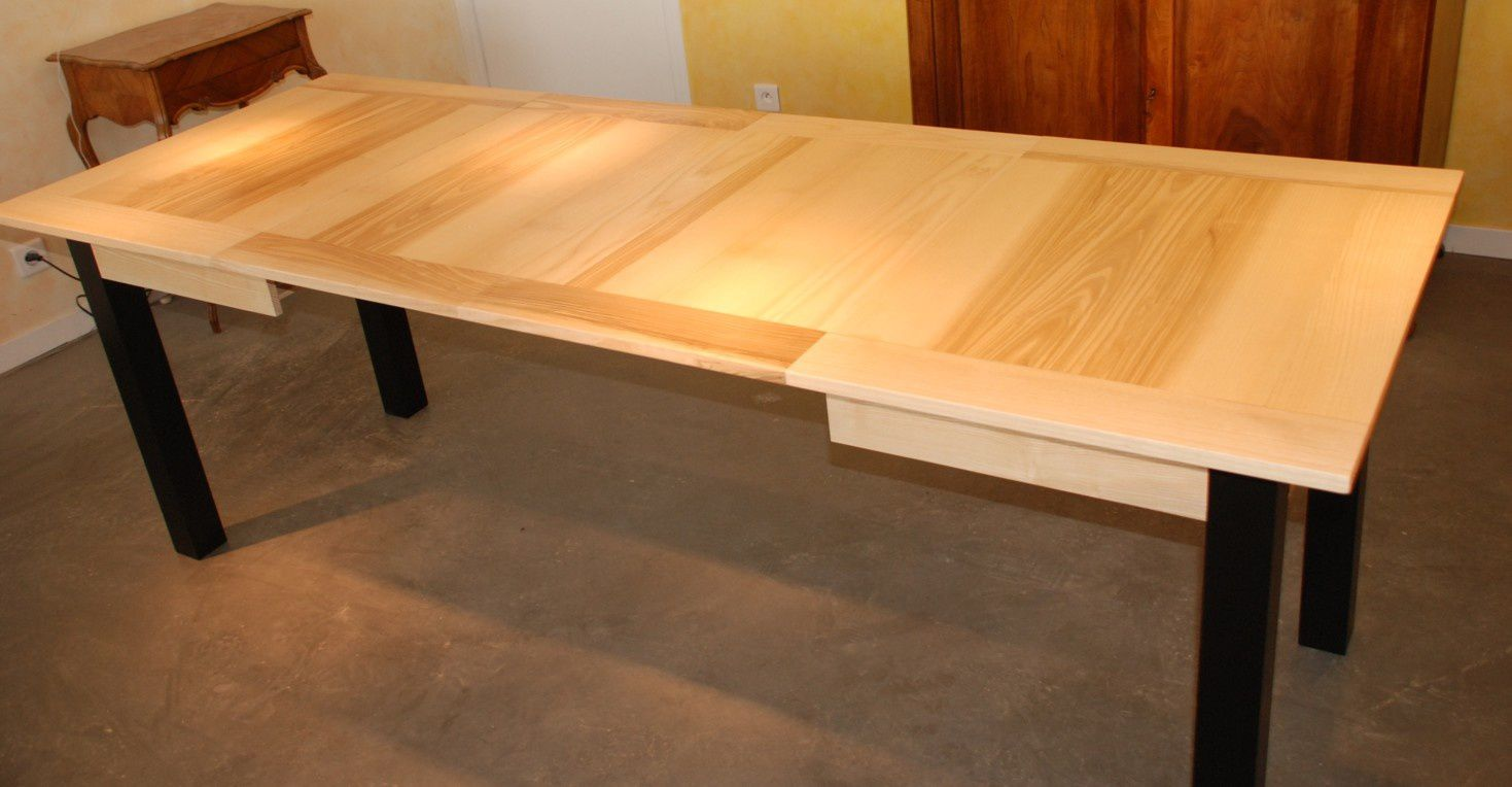 Table manger contemporaine en fr ne rallonges for Table hetre avec rallonge