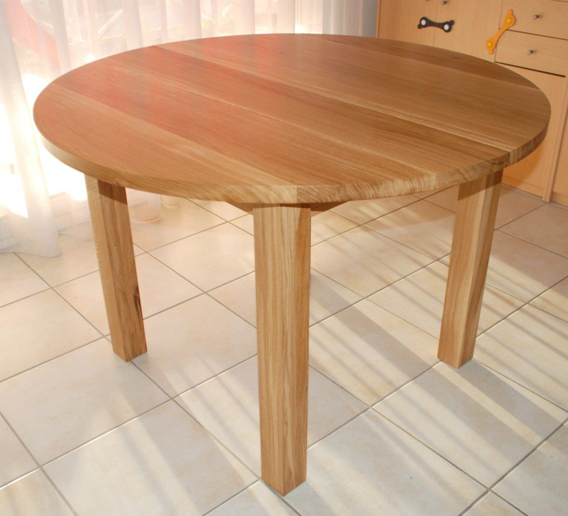 Table ronde contemporaine en ch ne huil atelier for Table sejour a rallonge