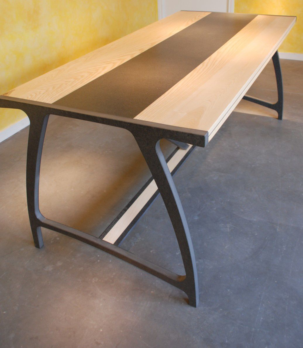 Album table a manger bulle design valchromat atelier - Tables a manger design ...