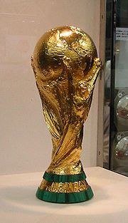 180px-FIFA_World_Cup_Trophy_2002_0103_-_CROPPED-.jpg