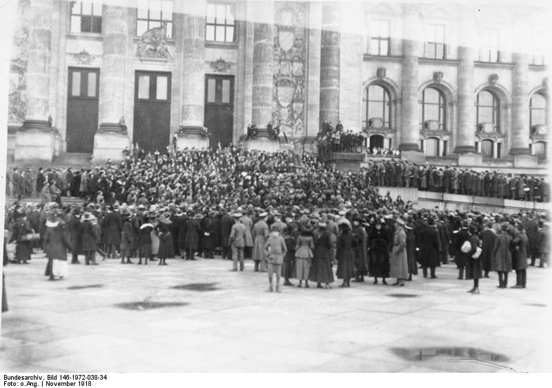 spartachismo, assemblea operai e soldati a Berlino, novembr
