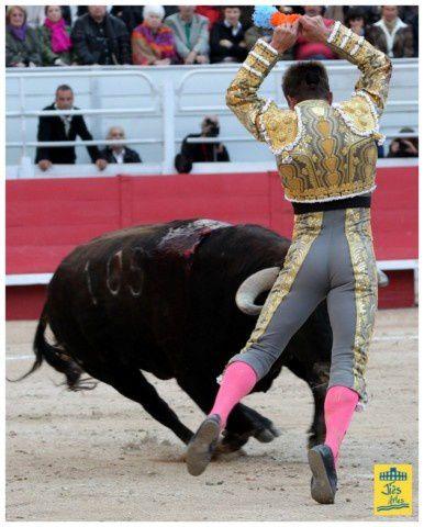120406JS FERIARLES Corrida Padilla JB Castella 235