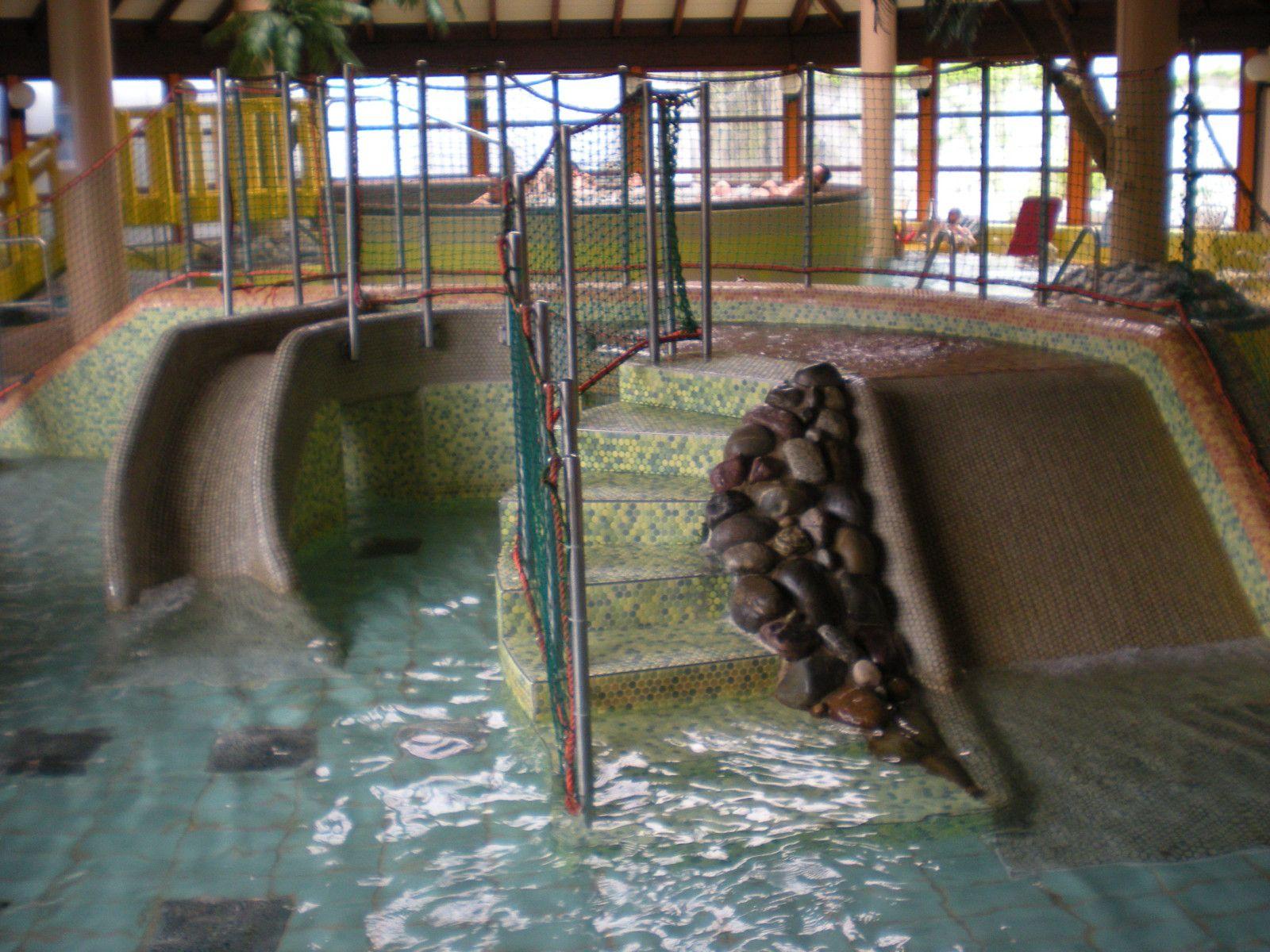 Piscine laguna centre idbalades for Piscine ungersheim