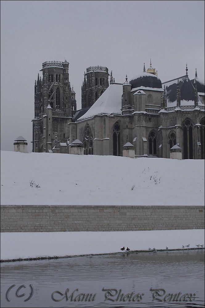 La cath drale de toul le blog de manu photos pentax for Piscine miroir wikipedia