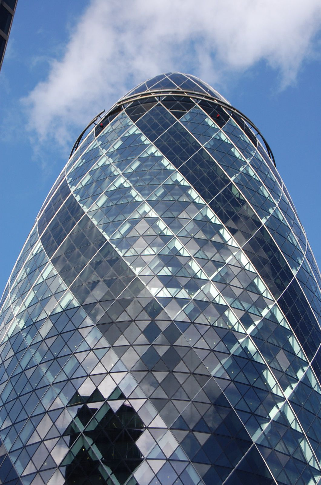 norman foster tour sainte mary axe londres lankaart. Black Bedroom Furniture Sets. Home Design Ideas