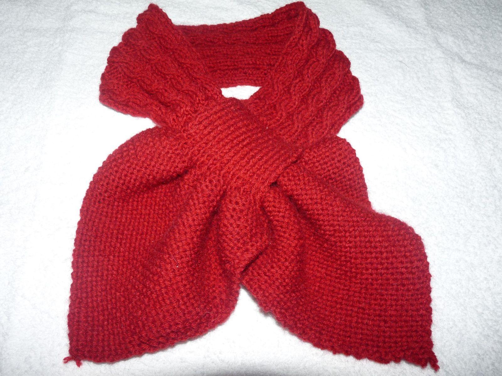 Explications de l écharpe feuille - Le blog de 7 à la maison, point ... 225ecb6c843
