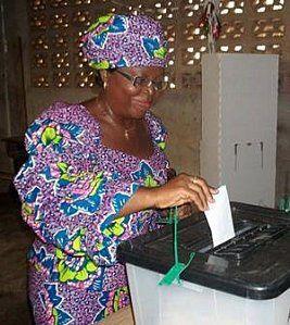 vote-d-une-femme--en-Afrique