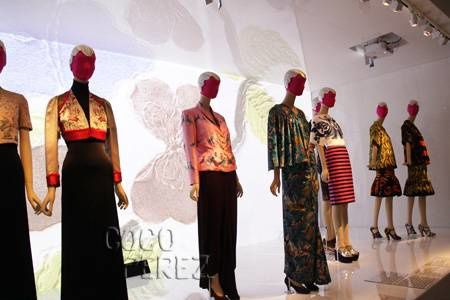 schiaparelli-and-prada-met-exhibit-low-attendance__oPt.jpg