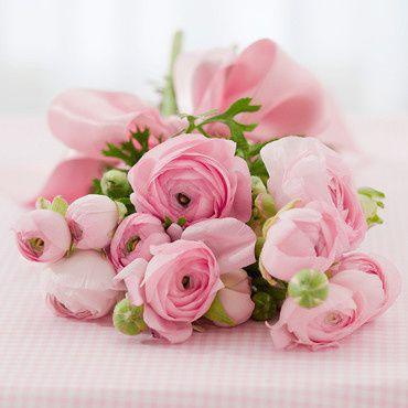 un-joli-bouquet-de-fleurs-pour-une-jolie-maman-10457631ruem.jpg