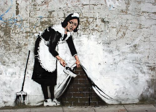 http://www.isaidahip.fr/wp-content/uploads/2010/10/banksy11.jpg