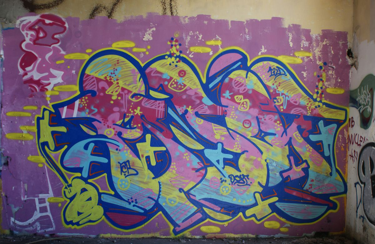 Album - Graffitis Caserne Niel Bordeaux Tom 001