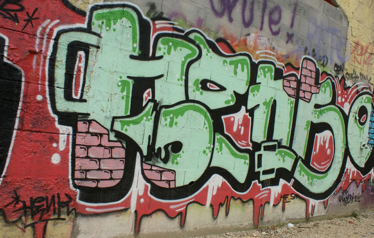 Album - Graffitis Caserne Niel Bordeaux Tom 003