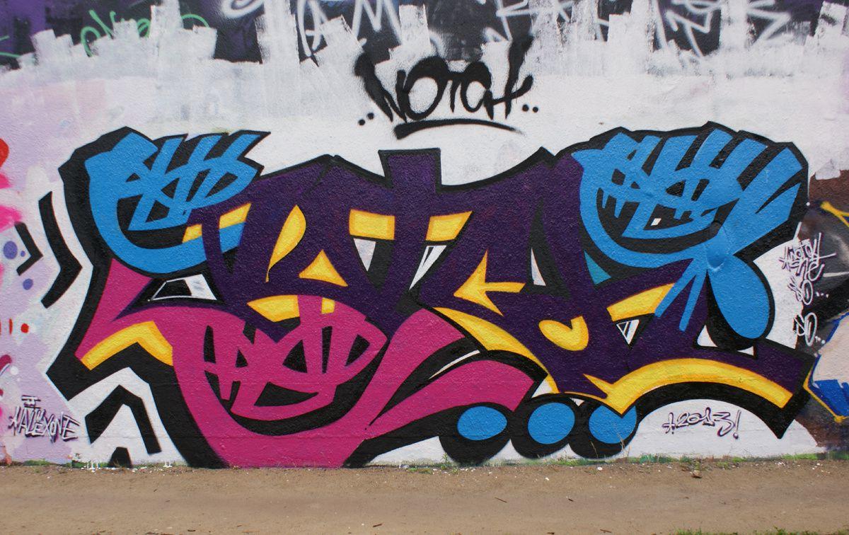 Album - Graffitis IVRY sur Seine Tom 019