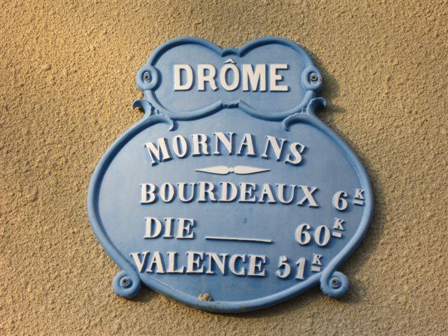 2011-10-octobre 3116-mornans-plaque