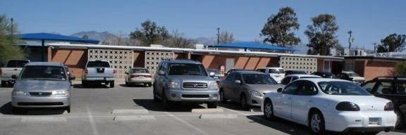 Tucson_Arizona_Unitarian-Universalist-Church_2.jpg
