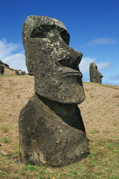 Rano-Raraku-Quarry---Easter-island-m1_vp1.jpg