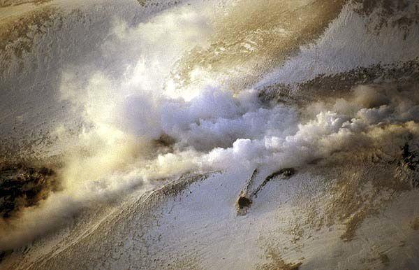 hekla-fissure-active-2000---decade-volc-jpg