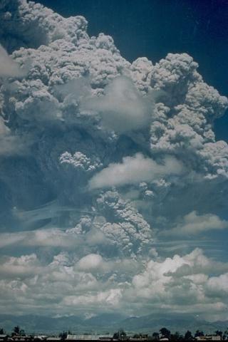 Pinatubo-91---Karin-Jackson-USAF.jpg