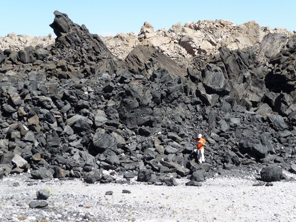 Inyo---obsidian-dome-squeezeup---USGS-copie-1.jpg
