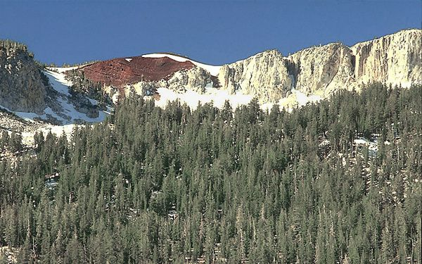 Red-cone---near-horseshoe-lake--D.Wieprecht-USGS.jpg