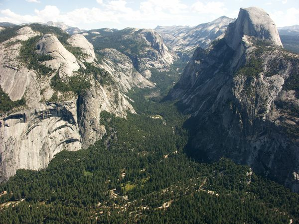 Yosemite_Valley---Snty-tact.JPG