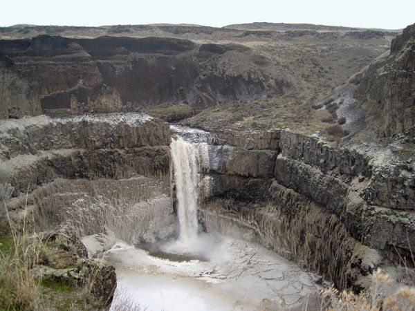 Channeled-scablands---Palouse-fallss---thebotvilleshopper.jpg