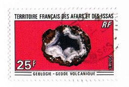 Timbre-geode-volcanique.jpg