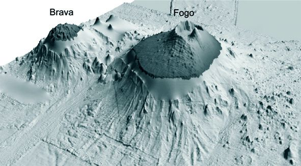 Magma storage and ascent of historic and prehistoric erupti