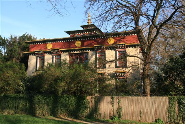 temple tibétain Kagyu-Dzong